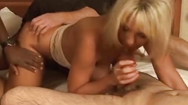 Milf Sexy blonde with a nice asshole