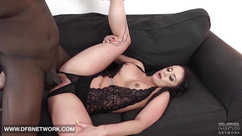 She sloppy blowjob deepthroats my black cock and I cum