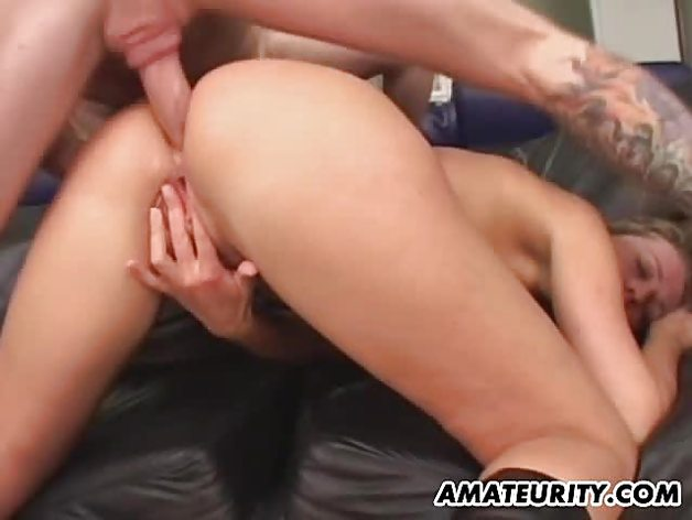 Vivacious babe double penetrated