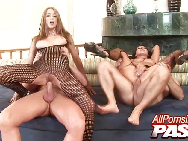 Angelica And Sandra Cum Covered Babes