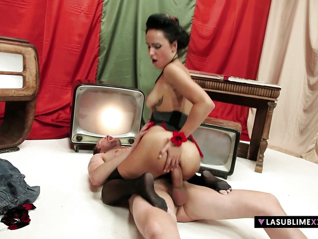 LASUBLIMEXXX Leyla Black gets hard big cock in her asshole