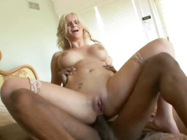 Phoenix Marie is that blonde whore that loves big dick up the bum