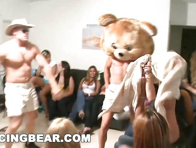 DANCINGBEAR – Special Delivery for Sexy College Girls