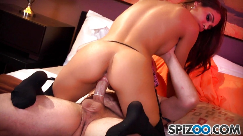 Spizoo – Sexy Jasmine Caro is punished by a big dick