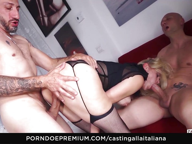 DP MMF fuck with Vittoria Dolce