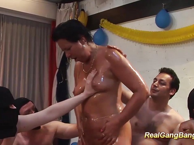 Cute german mom gets oiled and banged